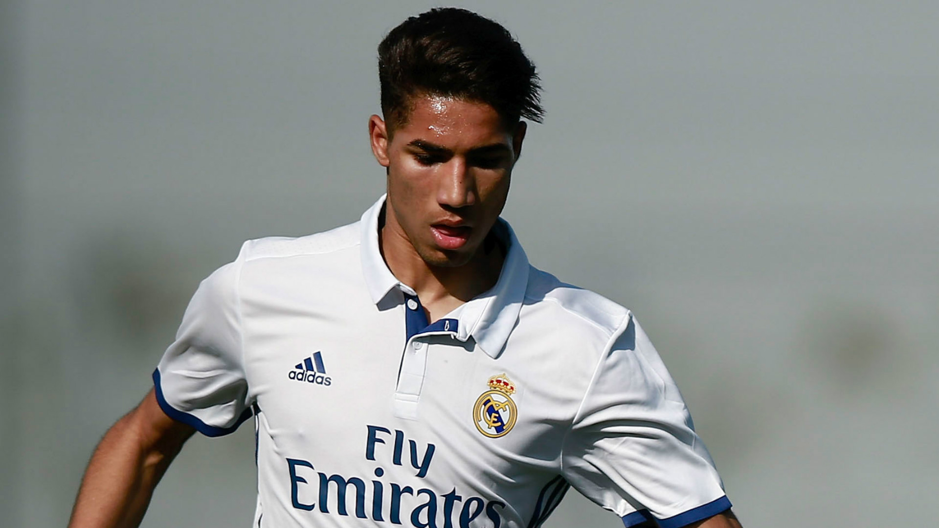 Real Madrid, 7 clubs sur Achraf Hakimi