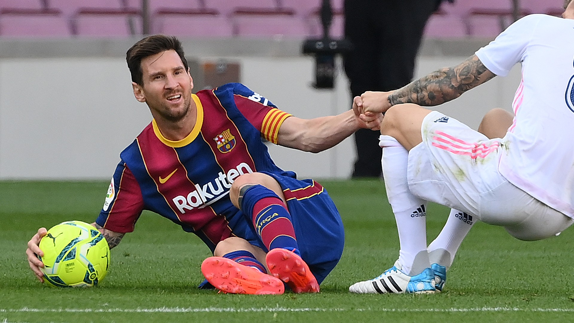 No goals from open play in six games - Messi becoming a big problem for Barcelona boss Koeman