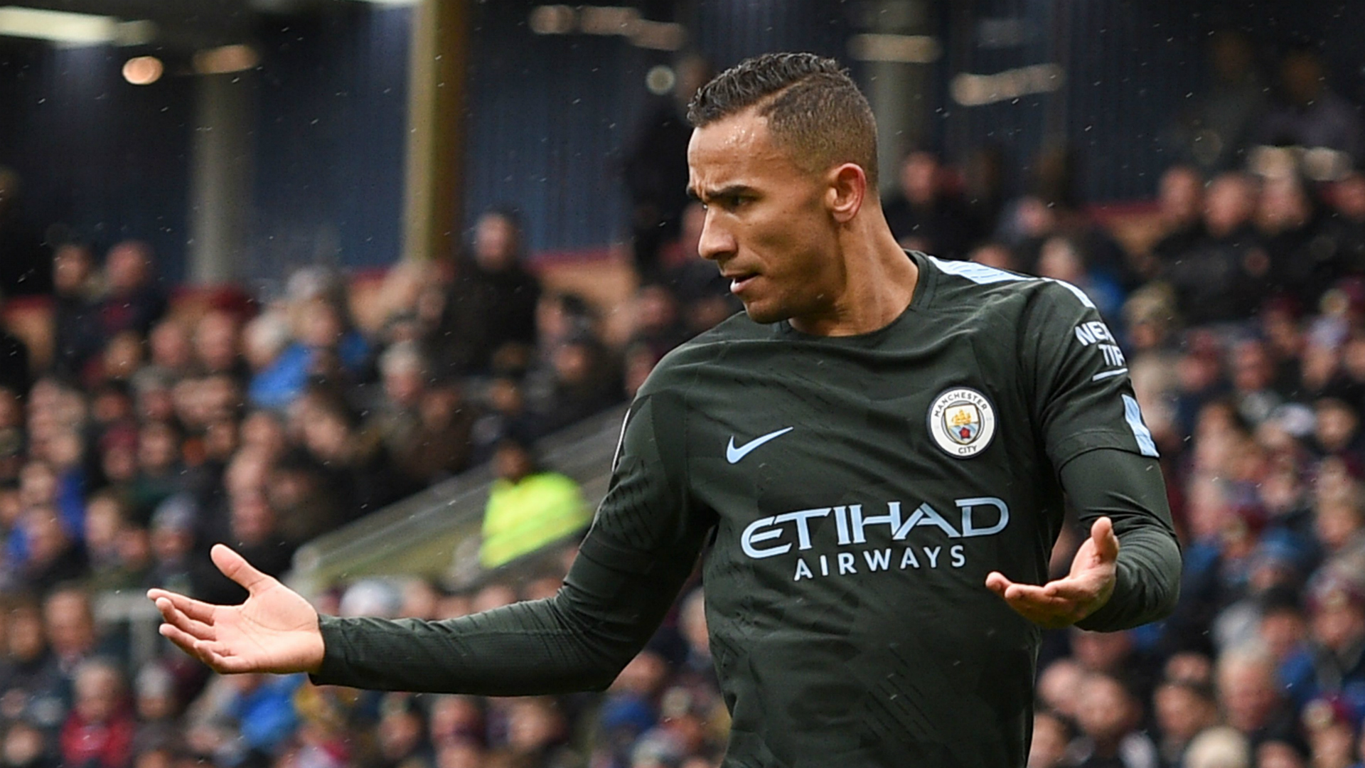 Danilo Burnley Manchester City