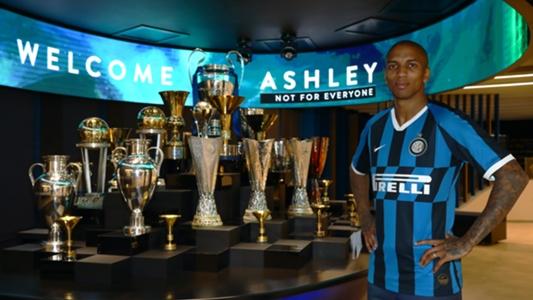 CHUYỂN NHƯỢNG: Chia tay MU, Ashley Young chính thức chuyển tới Inter Milan | Goal.com
