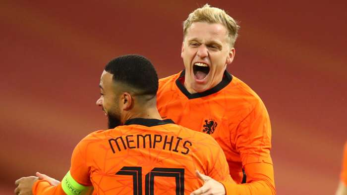 Memphis Depay, Donny van de Beek, Netherlands vs Spain 2020