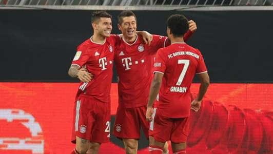 (Bayern) Lewandowski nói lý do chưa cam kết tương lai