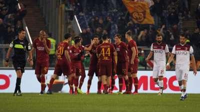 Roma players celebrating Roma Bologna Serie A