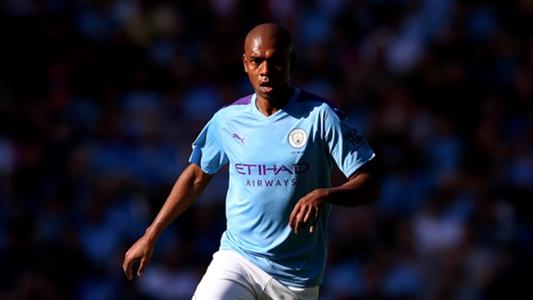 Manchester City gibt wohl Fernandinho wohl neuen Vertrag