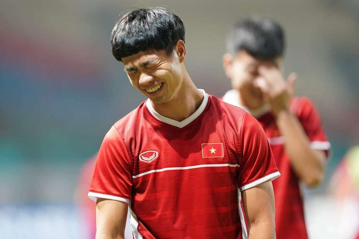 """CHÙM ẢNH: Công Phượng """"thay tóc như thay áo"""", chẳng kém gì Paul Pogba    Goal.com"""