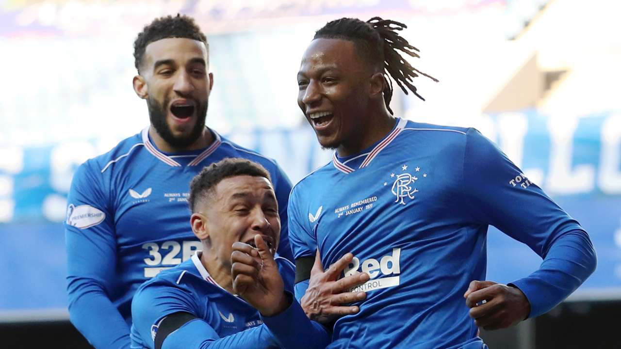 Joe Aribo celebrates Rangers goal vs Celtic 2020-21