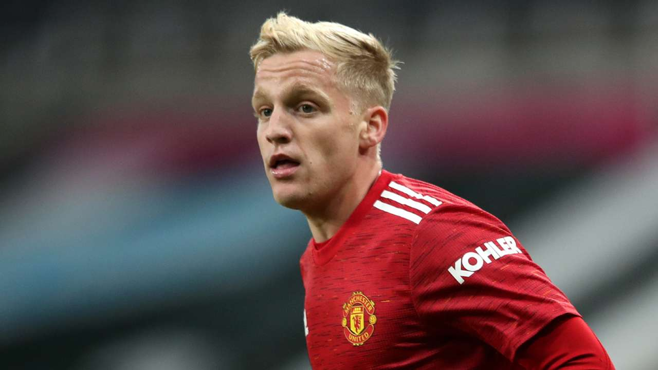 Donny van de Beek Manchester United 2020-21