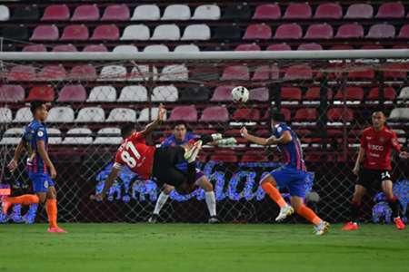 ต่างชาติเหนือชั้นกว่า!เมืองทองยืนขิงสิงห์เจ้าท่า 2-1 | Goal.com