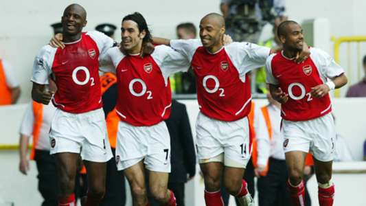 Arsenal Invincibles How Wenger S 2003 04 Gunners Went A Season Without Defeat Goal Com