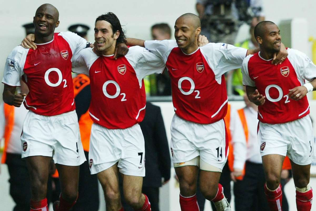 Arsenal Invincibles How Wenger S 2003 04 Gunners Went A