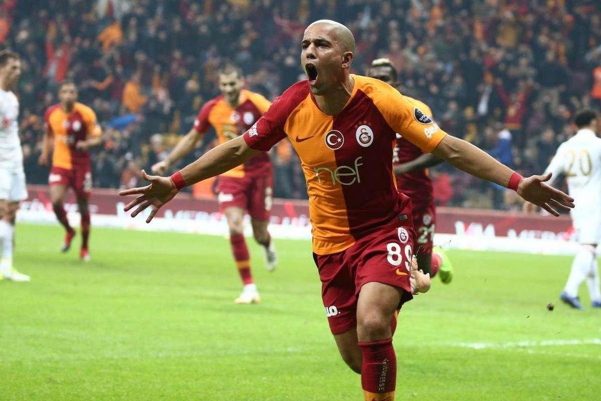 Galatasaray Transfer Haberleri: Galatasaray'Da Sofiane Feghouli De Takımdan  Ayrılabilir   Goal.com
