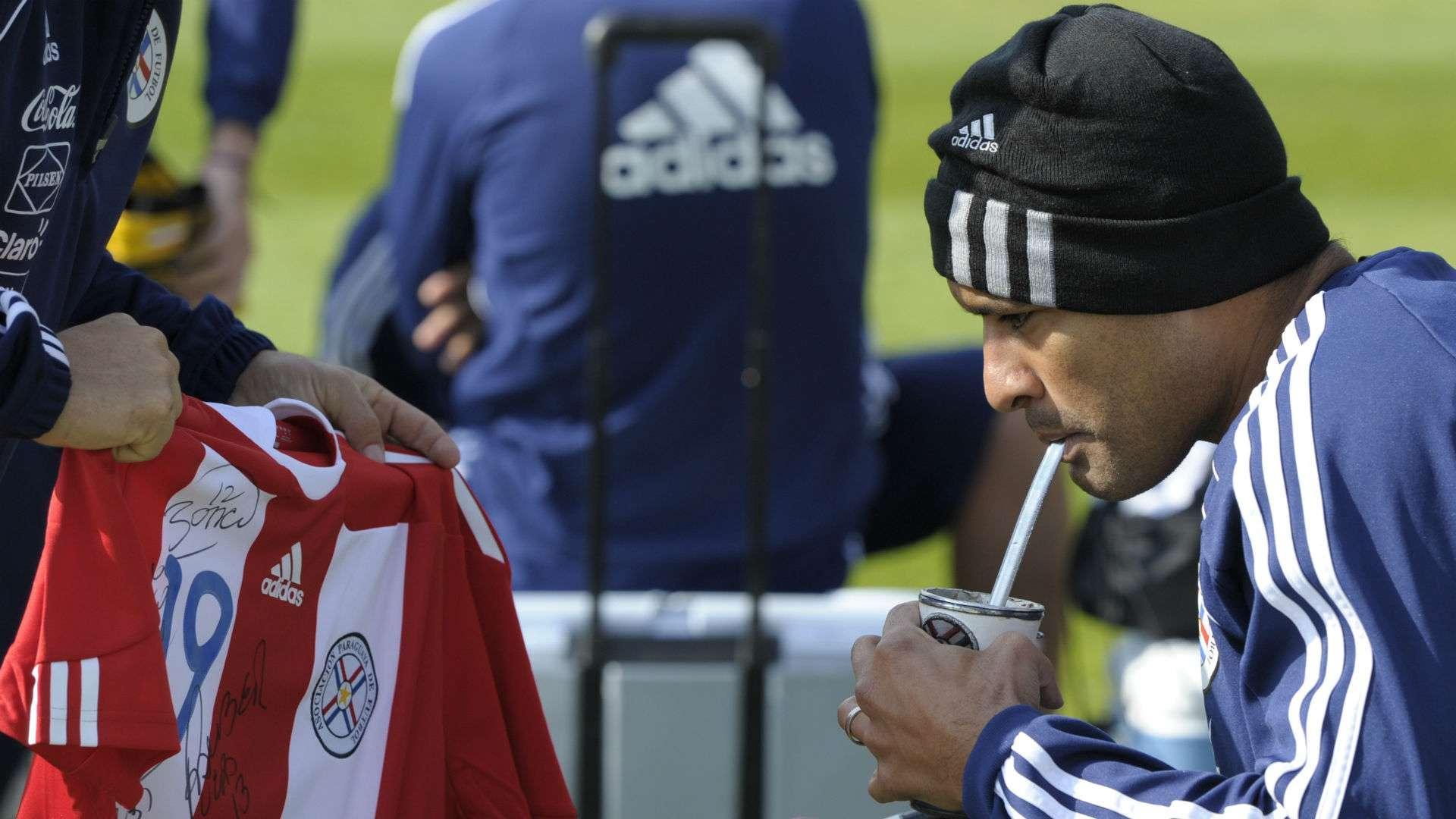 What Is Mate Tea The Drink Lionel Messi Luis Suarez Antoine Griezmann England Footballers Love Goal Com