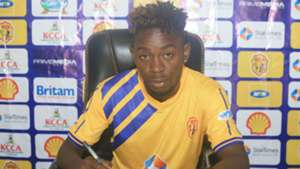 Simon Peter Serunkuma signs for KCCA.