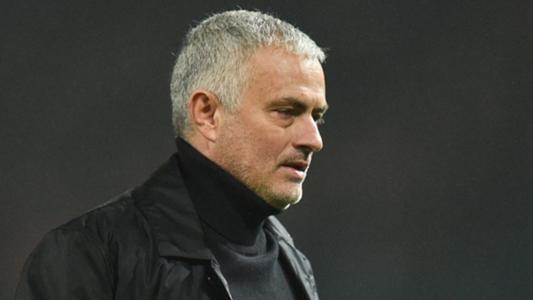 Vừa sa thải HLV Mauricio Pochettino, Tottenham lập tức liên hệ với Jose Mourinho   Goal.com