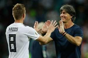 Toni Kroos & Joachim Low