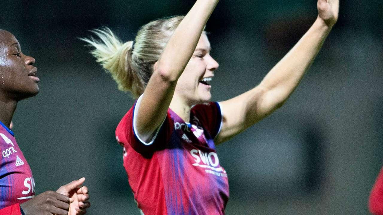 Ada Hegerberg Lyon 2019-20