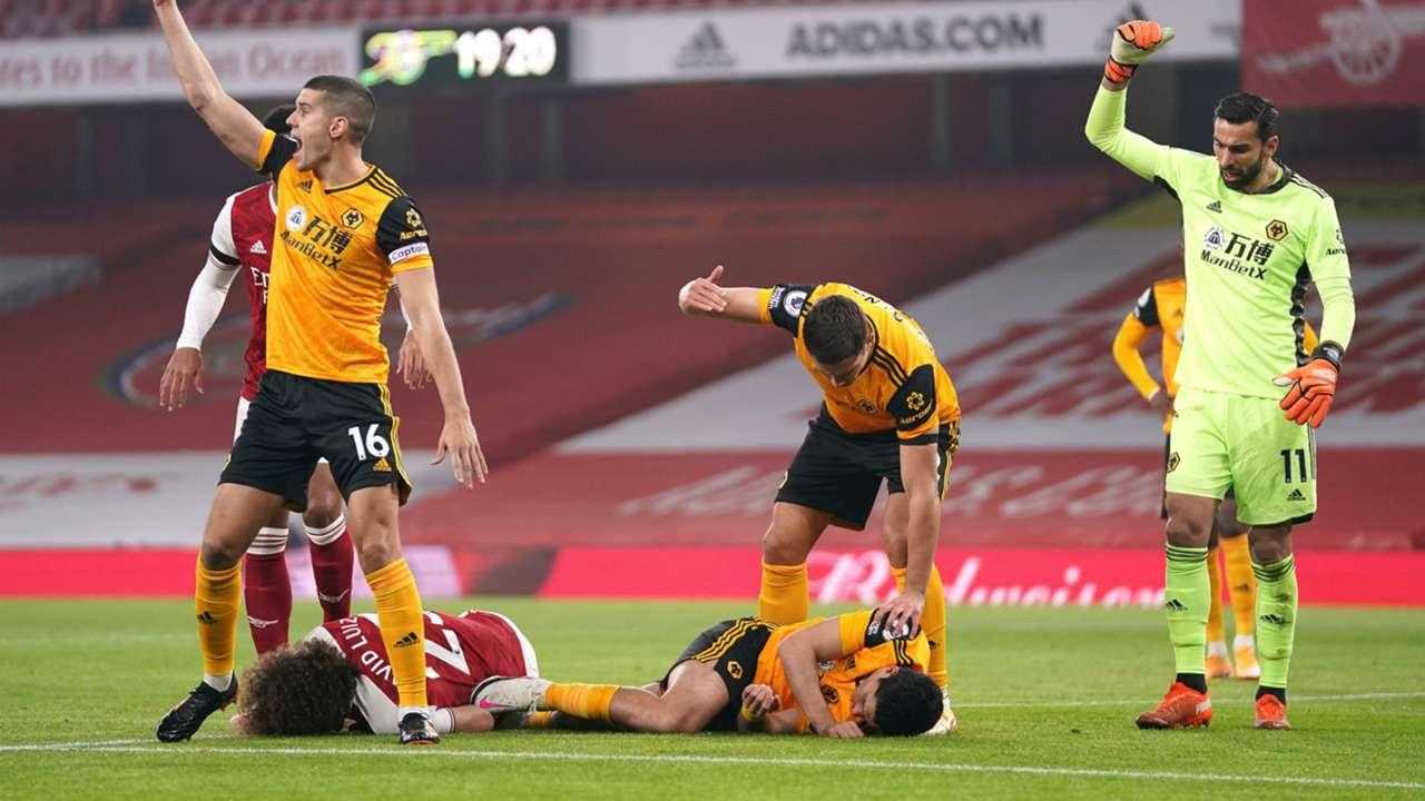 David Luiz Raul Jimenez Arsenal vs Wolves Premier League 2020-21