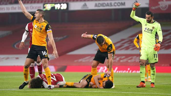 David Luiz Raul Jimenez Arsenal vs Wolves Premier League 2020-21