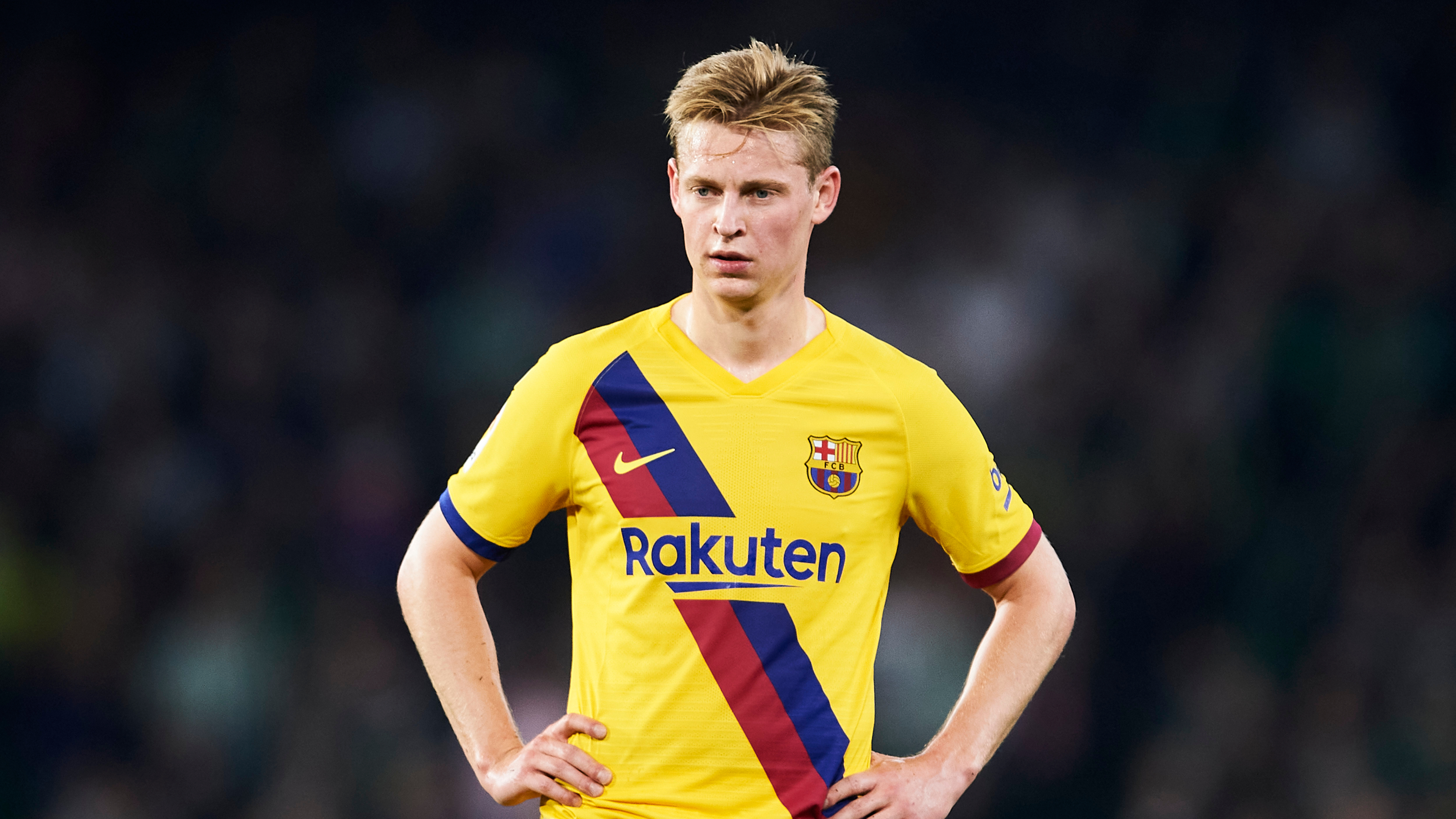 'If Messi is giving you advice, you take it' - De Jong on adapting and learning at Barcelona