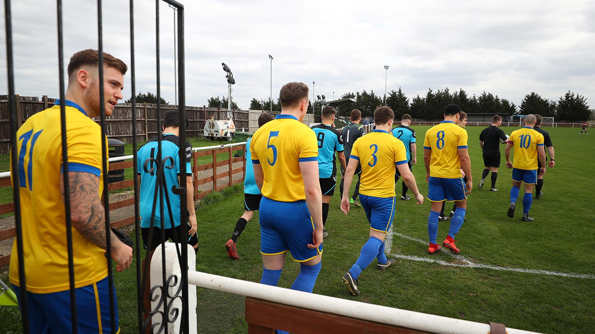Bedfont & Feltham v Farnham Town Football League Division One
