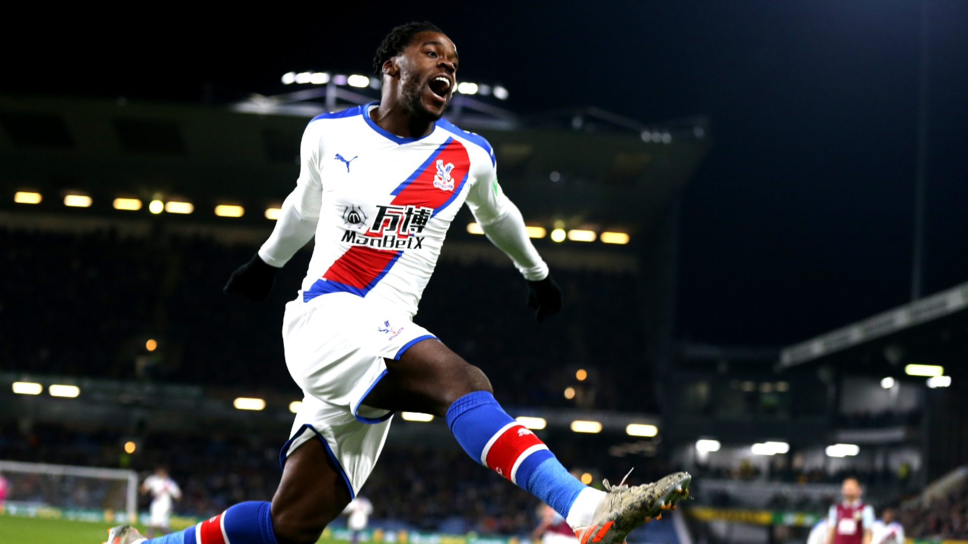 10-man Palace clinch win over Bournemouth