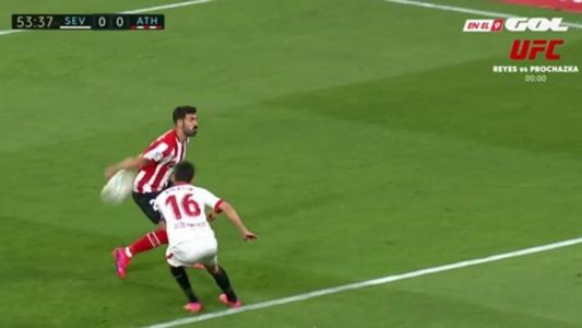 Polémica en el Sevilla vs. Athletic: ¿era penalti por manos de Balenziaga? | Goal.com