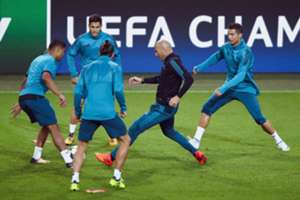 Zinedine Zidane Real Madrid entrenamiento Champions League