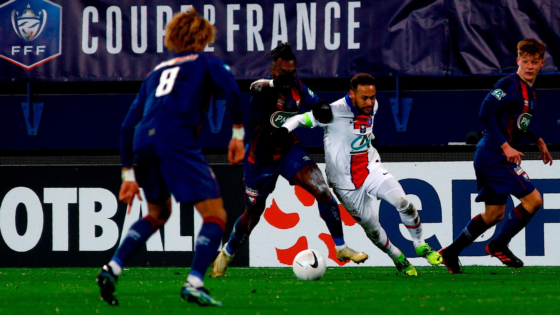 PSG progress in cup but suffer Neymar blow