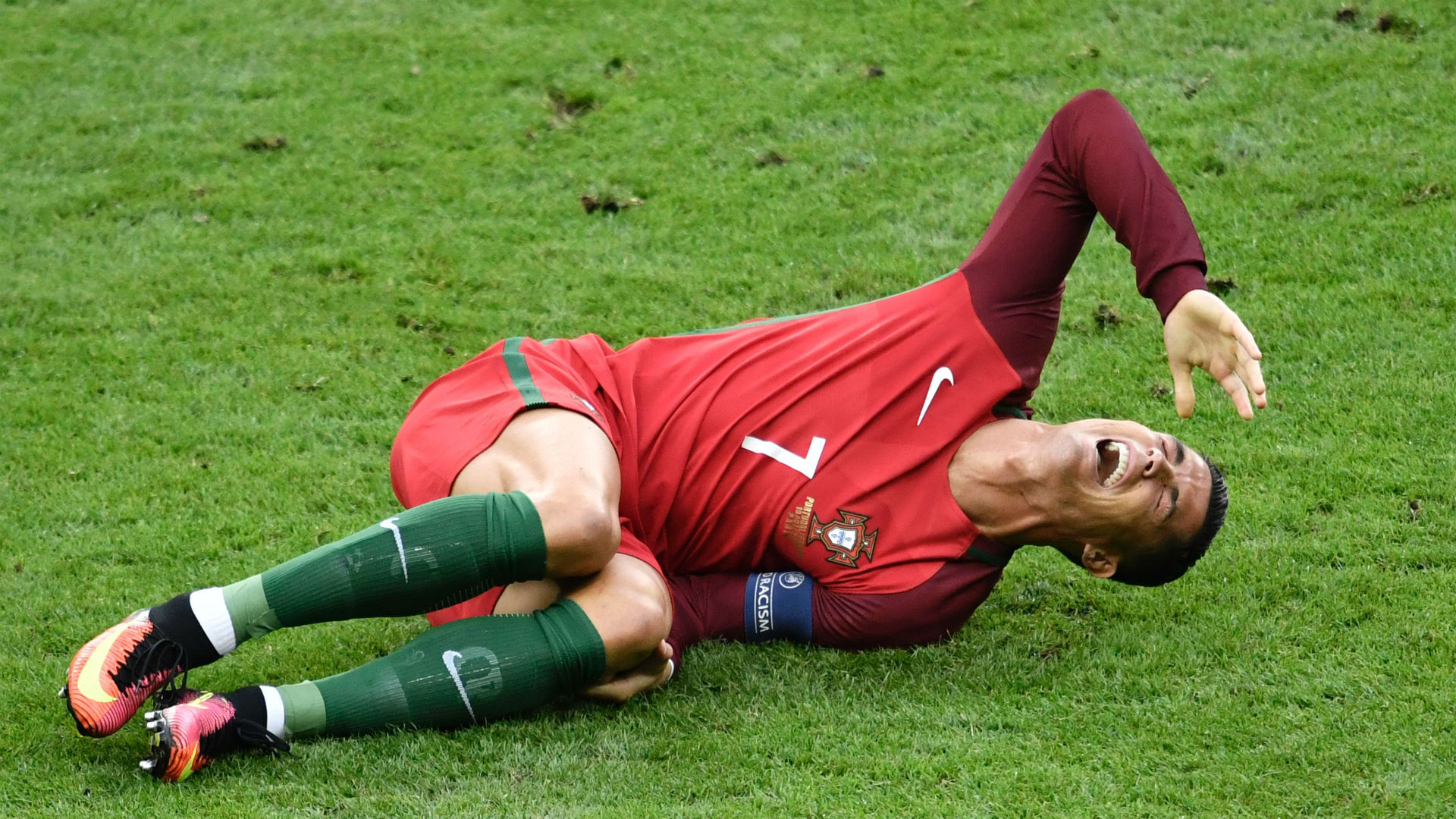 Injured Cristiano Ronaldo in tears after being forced off in Euro 2016 final   Goal.com