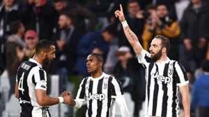 Juventus players celebrating Juventus Atalanta Serie A