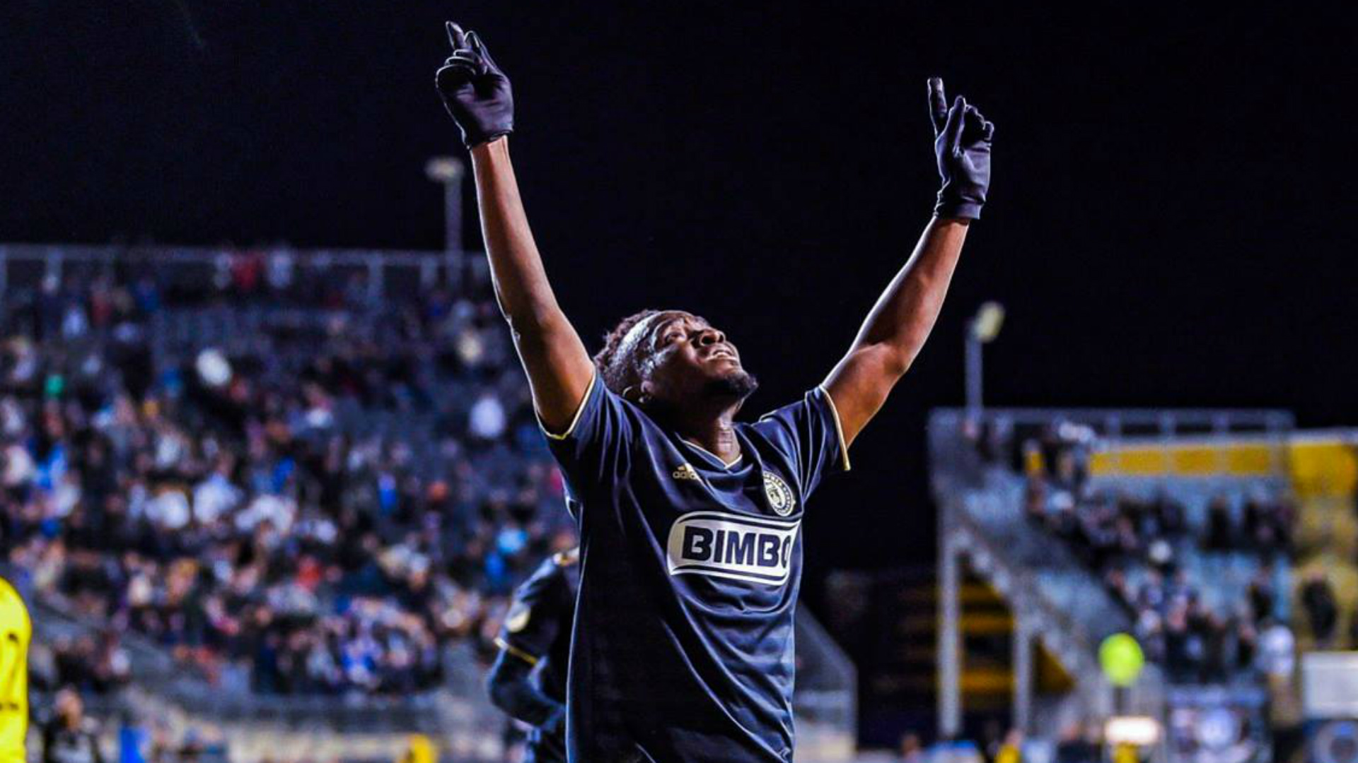David Accam: Ghana winger joins Swedish side Hammarby from MLS outfit Nashville