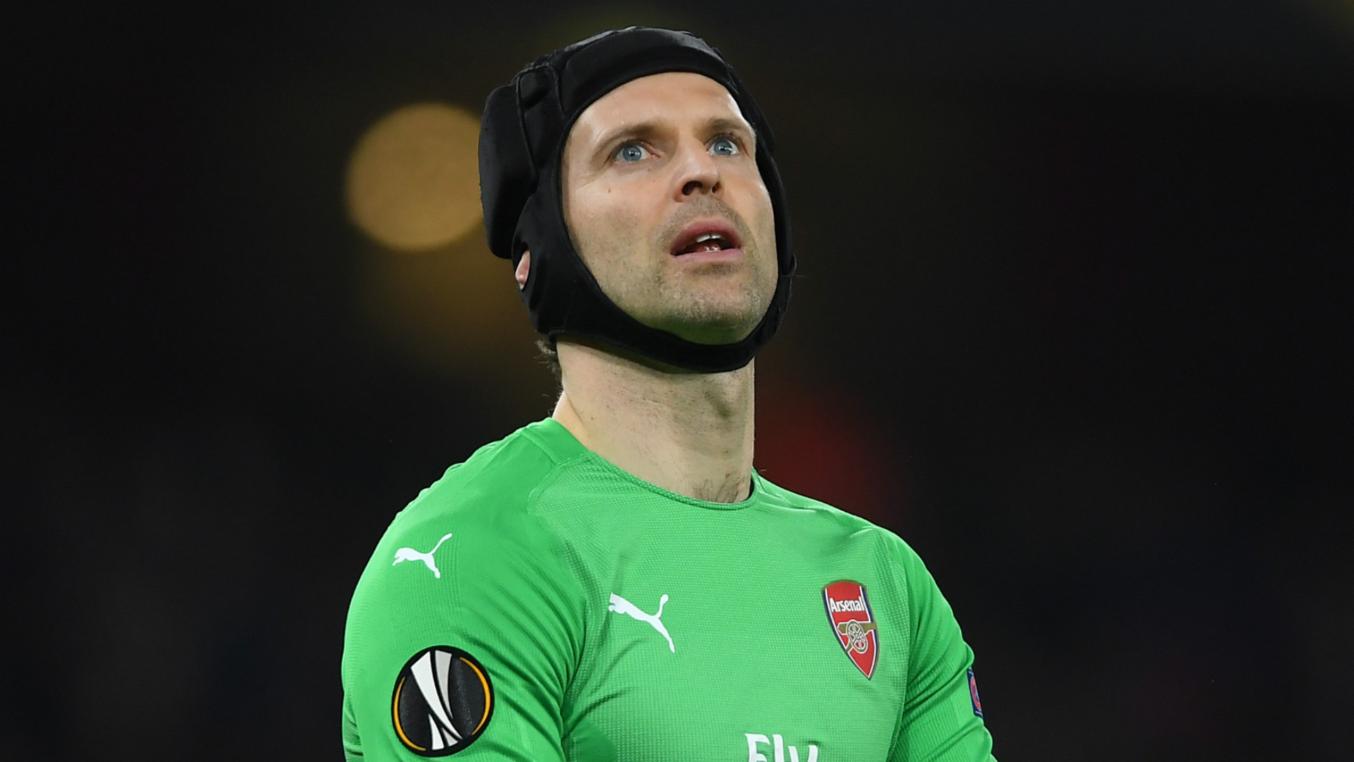 Goalkeeper to goaltender: Peter Cech signs for ice hockey club