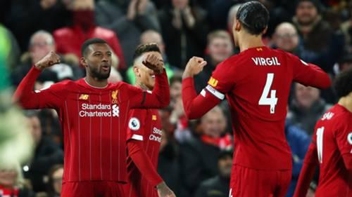 Liverpool celebrate Gini Wijnaldum's goal vs West Ham