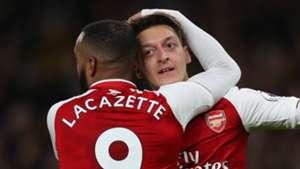 Alexandre Lacazette Mesut Ozil Arsenal