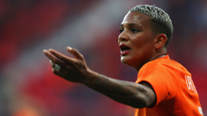 Playing for her Lyon future? The curious case of Shanice van de Sanden