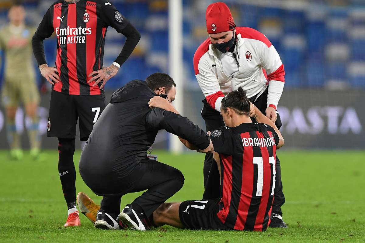 AC Milan sweating over Ibrahimovic after star striker leaves Napoli match  with muscle injury | Goal.com