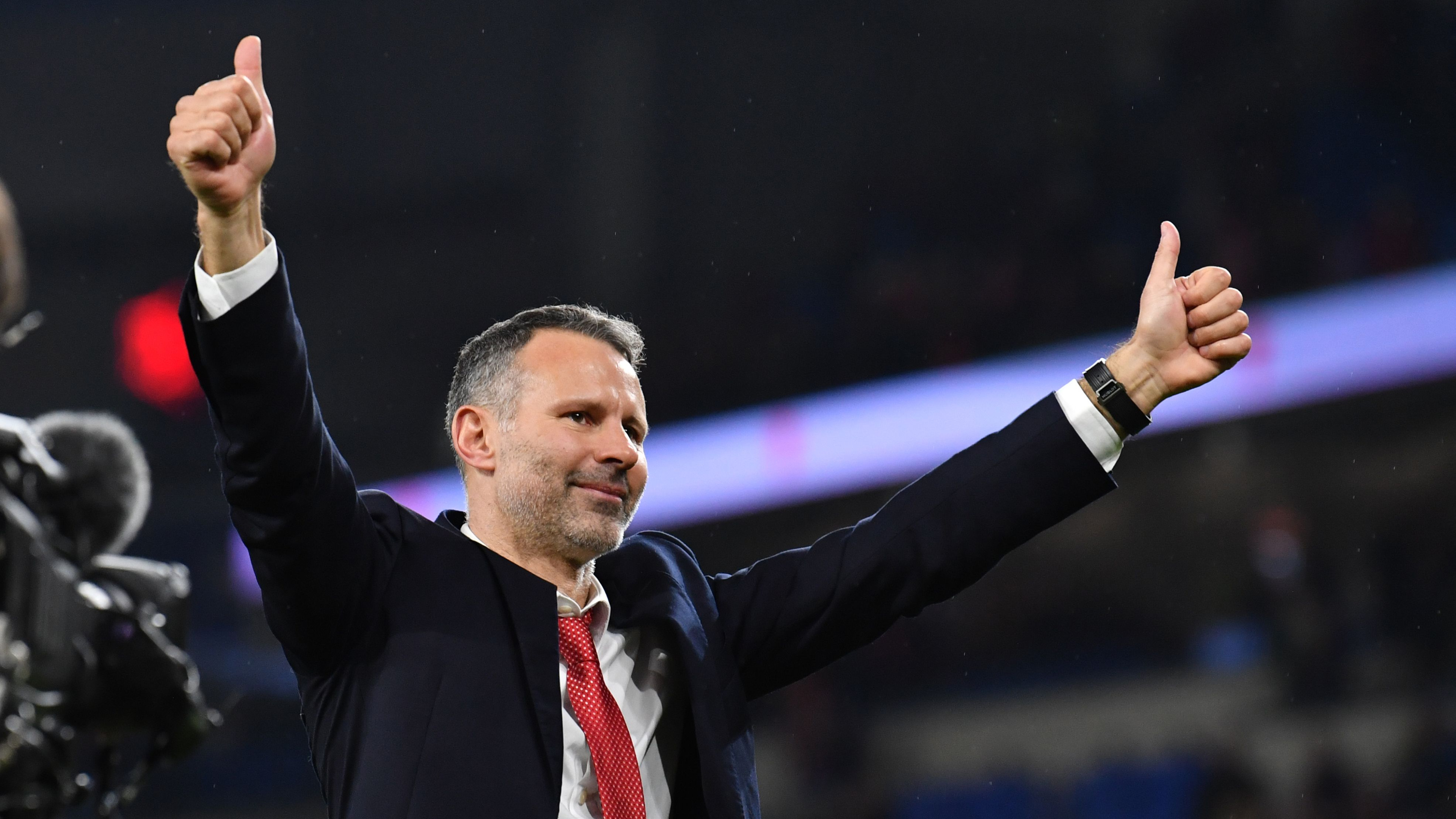 'Pains me to say it!' - Giggs looking at Liverpool for Wales inspiration