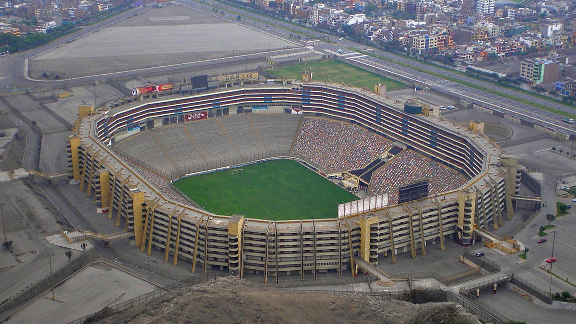 Estadio Monumental Lima Peru