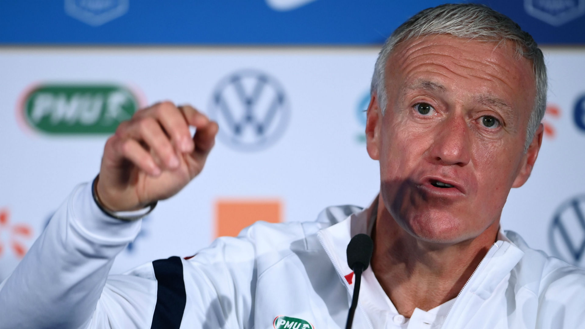 'Frankly, it's not serious' - France manager Deschamps dismisses Benzema recall chances