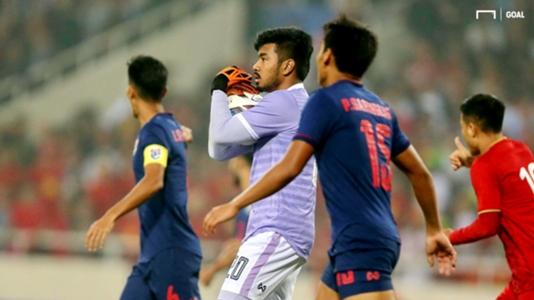 Thủ môn U22 Thái Lan không phục khi U22 Việt Nam được đá lại penalty | SEA Games 30 | Goal.com