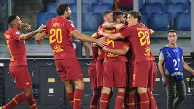 Roma celebrating Genoa Serie A