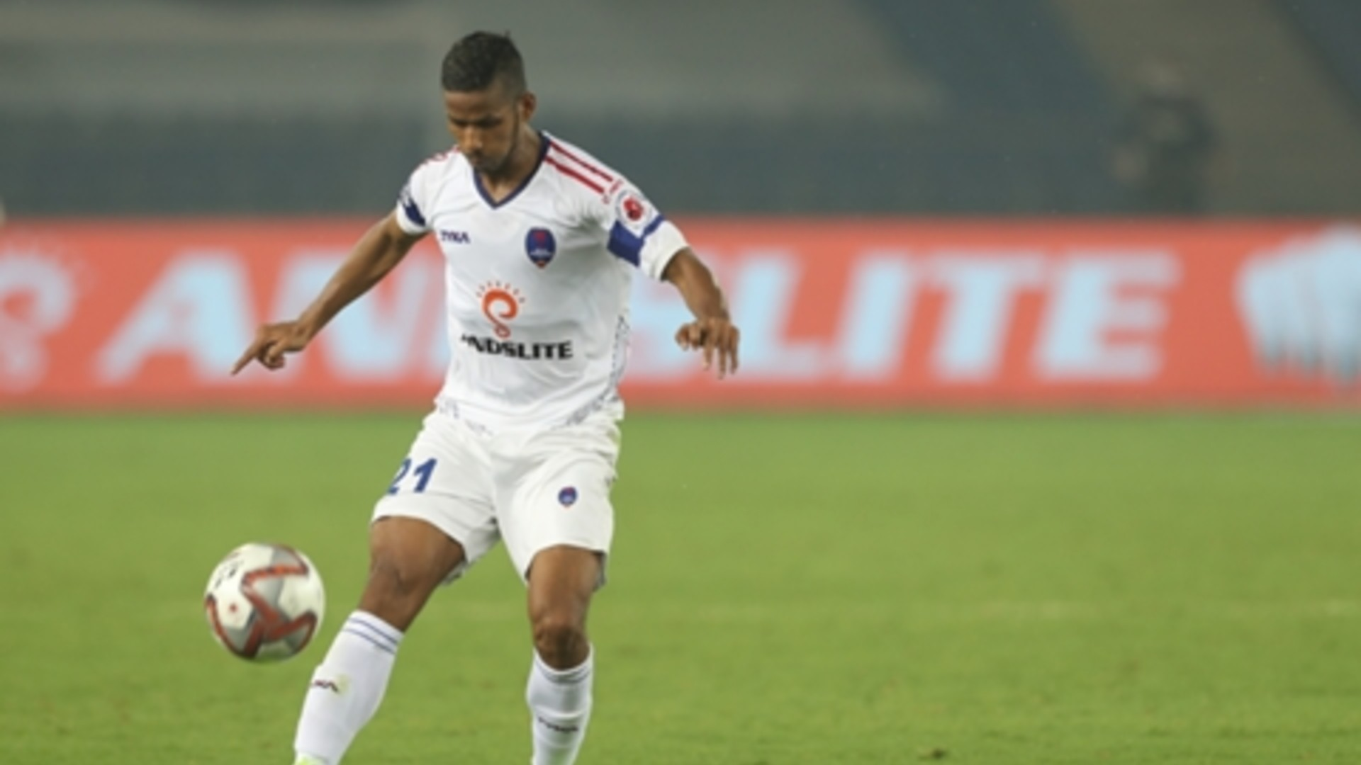 ISL: East Bengal rope in left-back Narayan Das