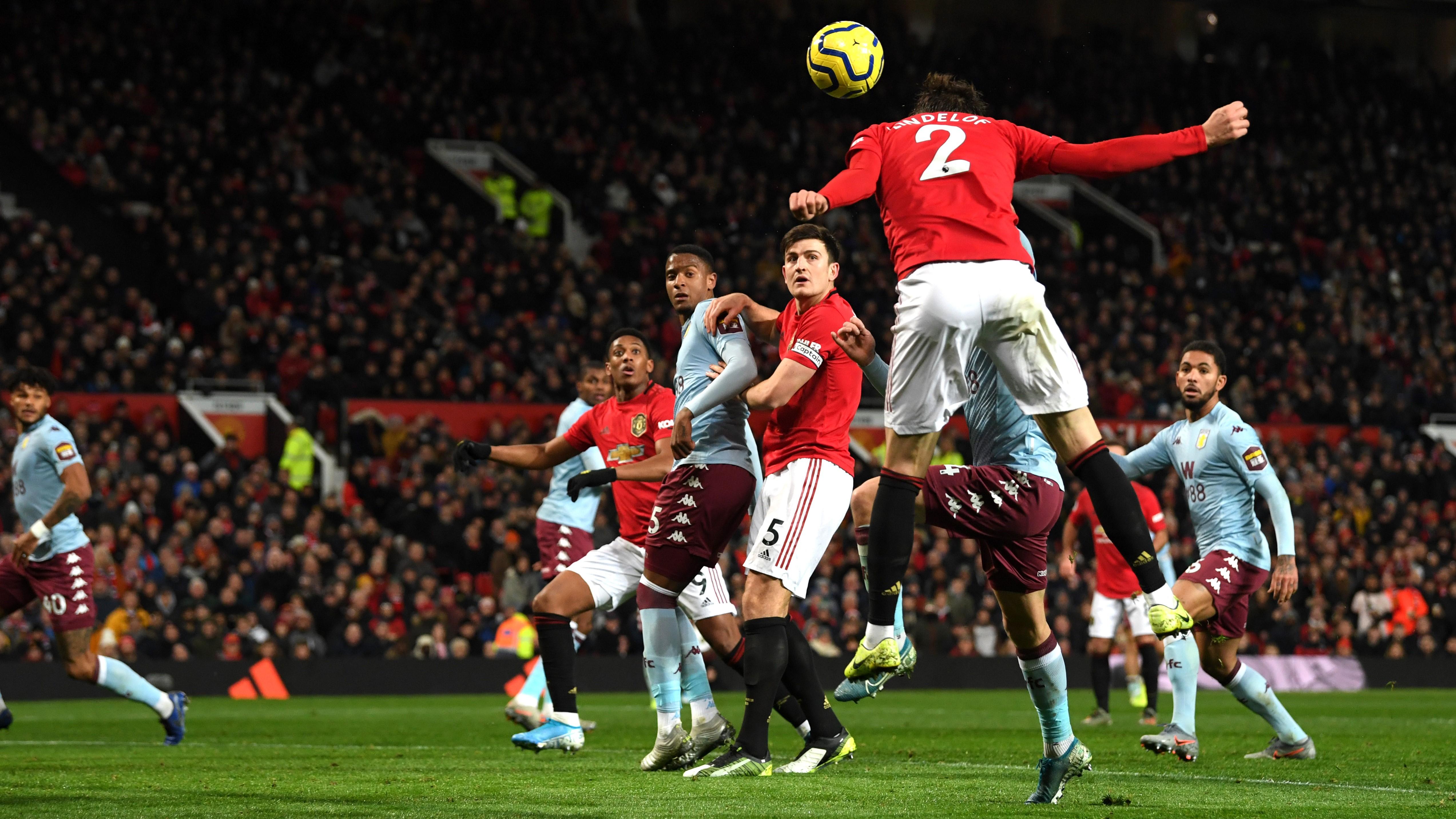 Leicester tient le rythme, Arsenal et Manchester United piétinent
