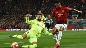 Gerard Pique Marcus Rashford Manchester United Barcelona UCL 10042019