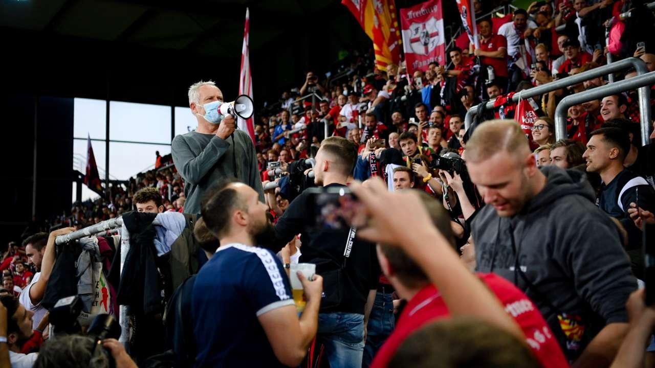 Christian Streich Freiburg vs Augsburg 2021-22