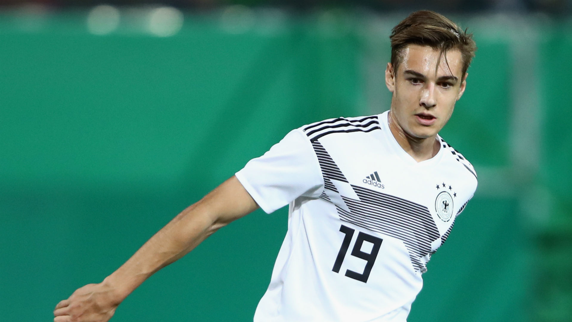DFB-Team: Joachim Löw beruft Florian Neuhaus, Robin Gosens und Oliver Baumann