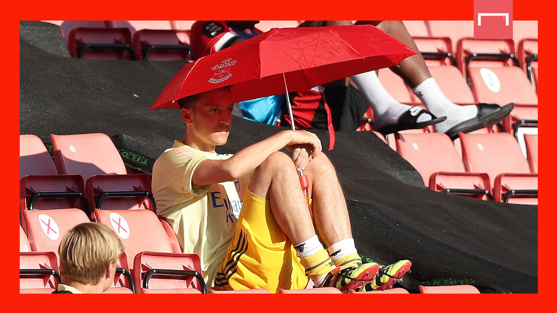 Shkodran Mustafi to miss FA Cup final with hamstring injury