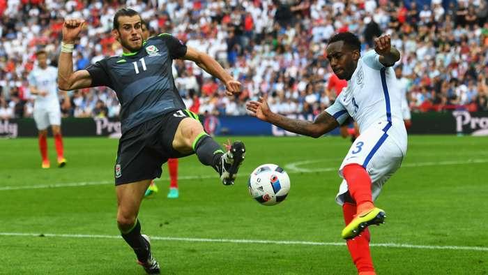 Gareth Bale Wales v England Euro 201