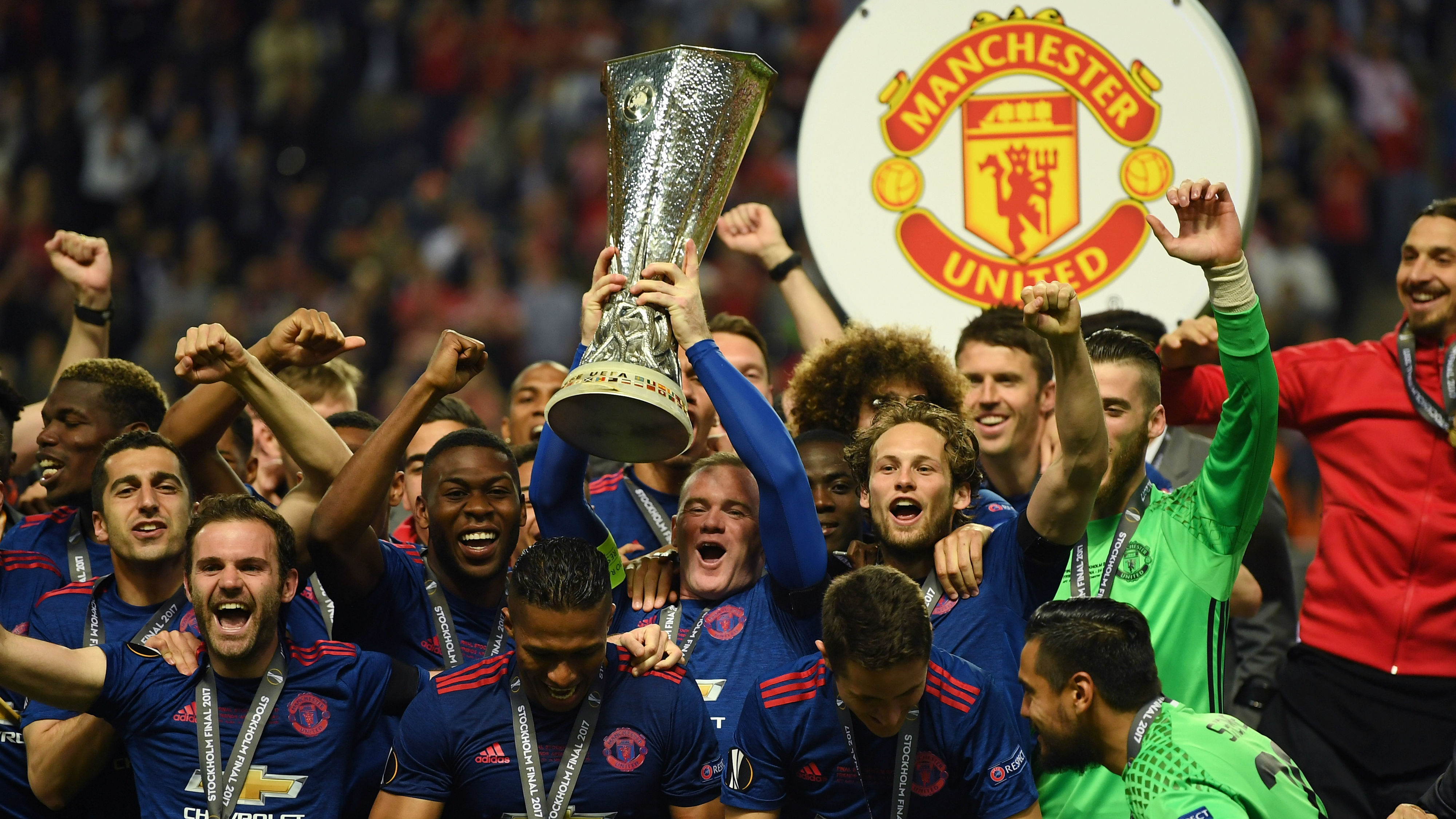 Manchester United Players Celebrate Europa League Final