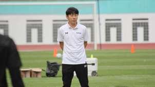 Shin Tae-Yong Timnas Indonesia U-19 Warrix